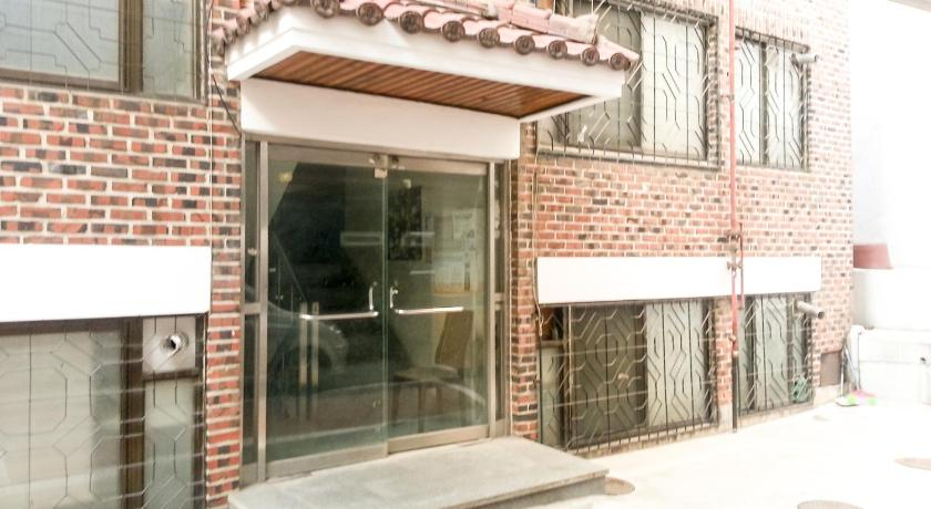 Affordable and traveler friendly house in Seoul