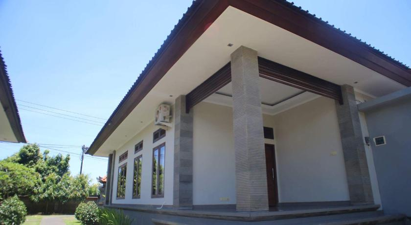 Exterior view Vinaya Home Stay