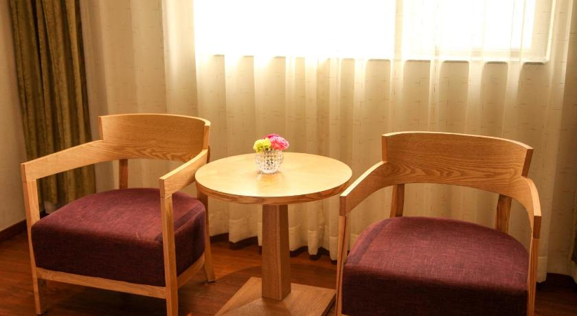 Business Double Room Yayuan Hotel window of the world Branch