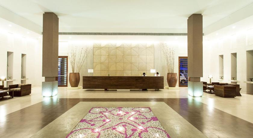 Lobby Five Star Beach Resort & Spa - By Exotic Escape