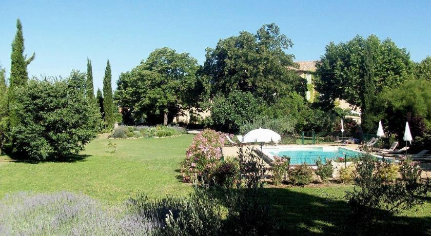 Le Clos Des Frères Gris 2240 Avenue Fortuné Ferrini Aix En Provence ...