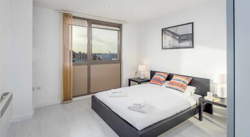See all 29 photos Modern and Luxurious 2BD Flat
