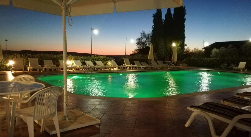 Best Price on Hotel La Terrazza in Assisi + Reviews