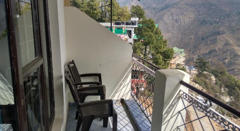 Balcony/terrace Hill View Apartment - Dalai's Abode