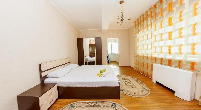 2 rooms Dostyk 5 Apatment
