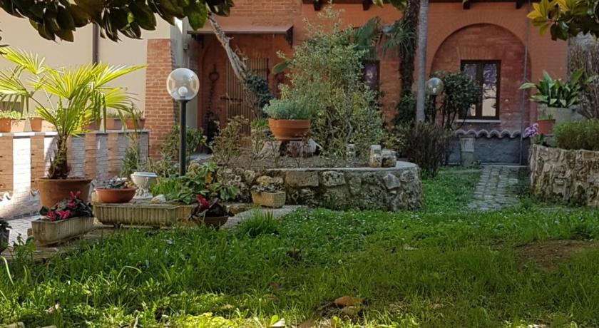 Das il giardino segreto di ascoli piceno in ascoli piceno buchen