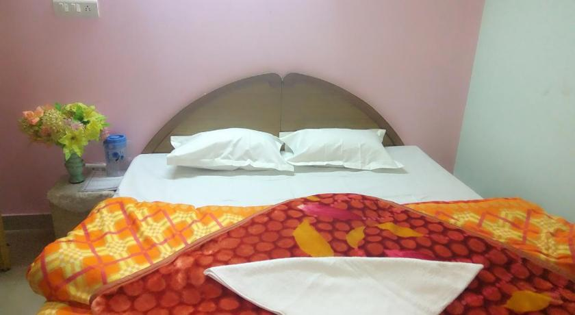 Double Room - Bed Rooms In Manali City