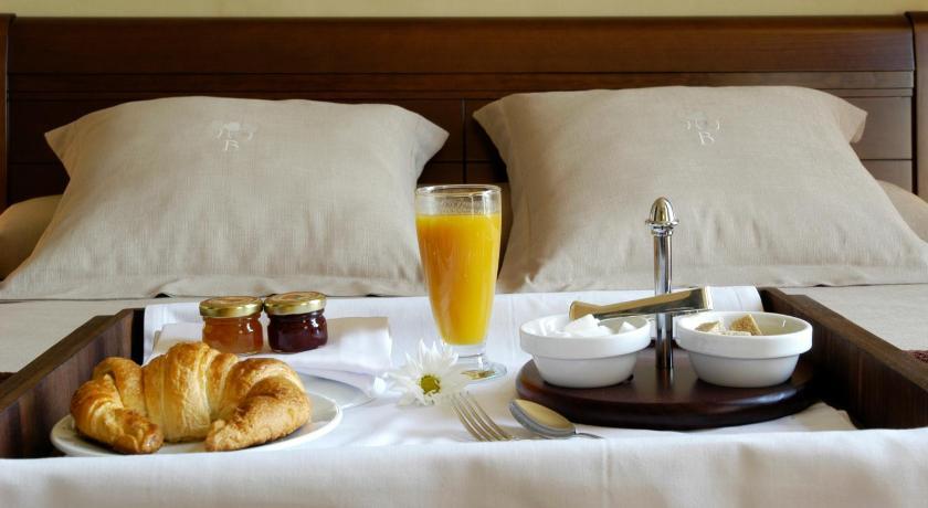 hoteles con encanto en cardona  27