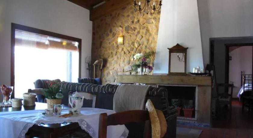 Three-Bedroom Holiday Home - Separate living room House in Monesterio. Badajoz 101531