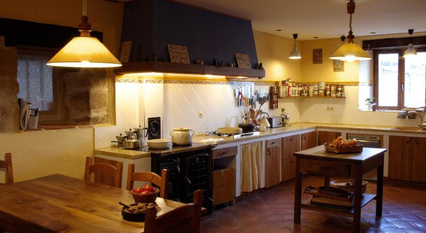boutique hotels in burgos  180