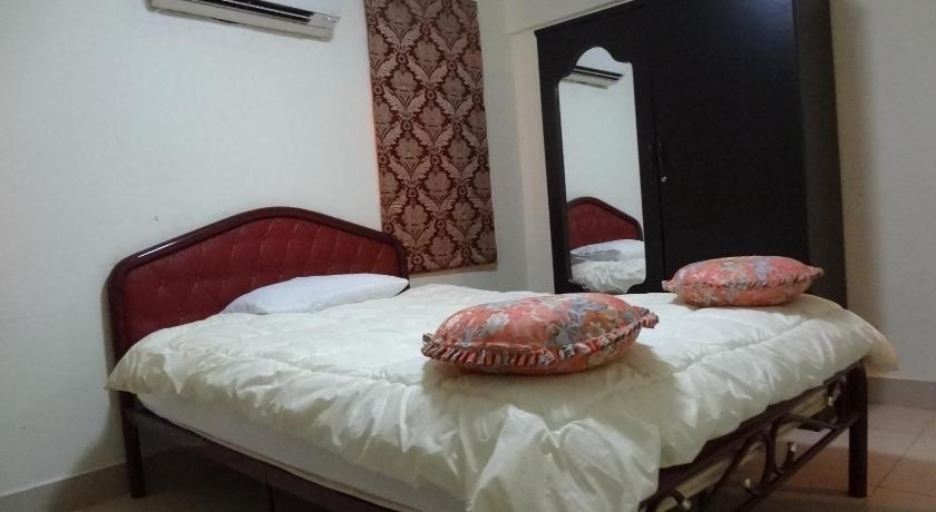 Vchod ASIA Guesthouse & Saloon