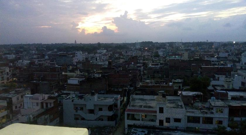 See all 34 photos 3 BHK Ganges View Apartment