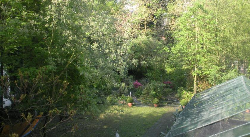 Double Room with Garden View - Garden Business-flatsGhent