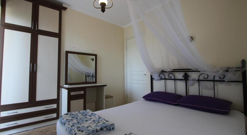 Junior Suite (3 Adults + 1 Child) - Guestroom Algani Siesta Garden Alacati