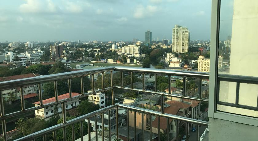 Apartment with Balcony - View Time square Colombo 6