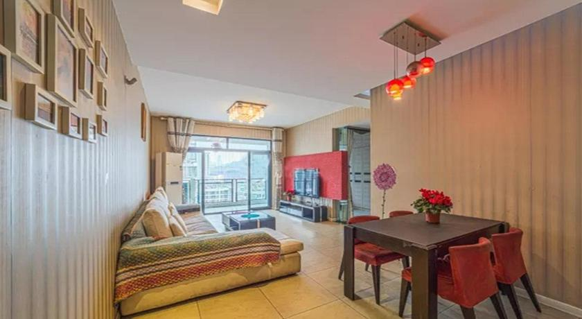 Near Sanxia Square Comfortable Two-Bedroom Apartment