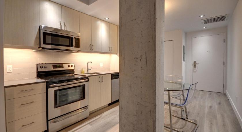 One Bedroom Apartment - Old Montreal