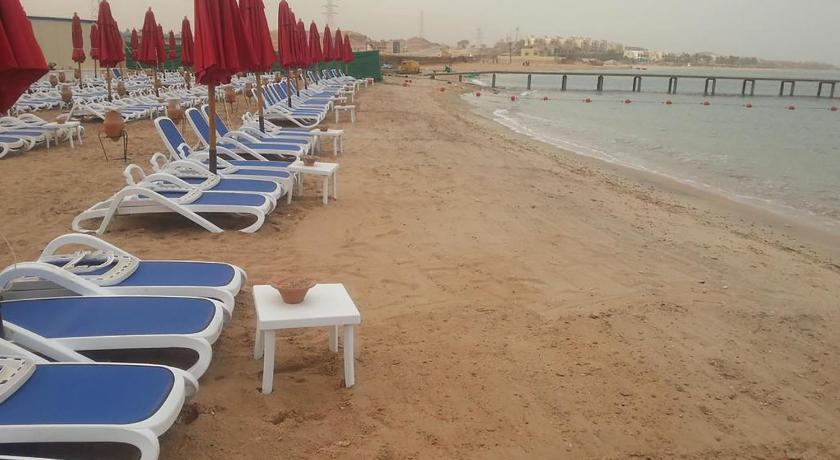 playa Two-Bedroom Chalet in Porto Sokhna(Families Only)