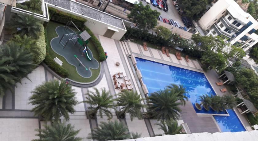Swimming pool My Place @ La Verti Residences