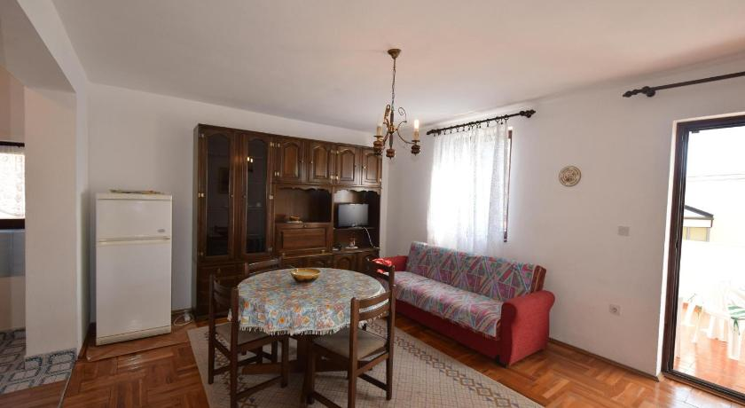 Two-Bedroom Apartment - Separate living room Apartments Petrovic