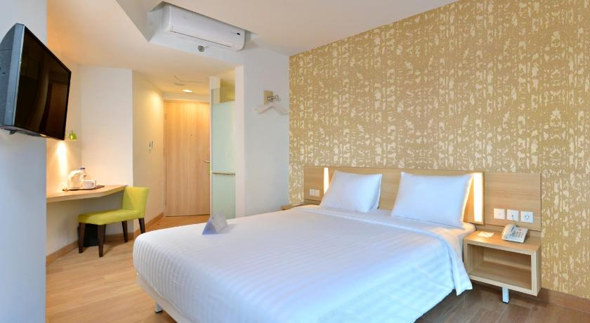 See all 25 photos Whiz Hotel Sudirman Cilacap