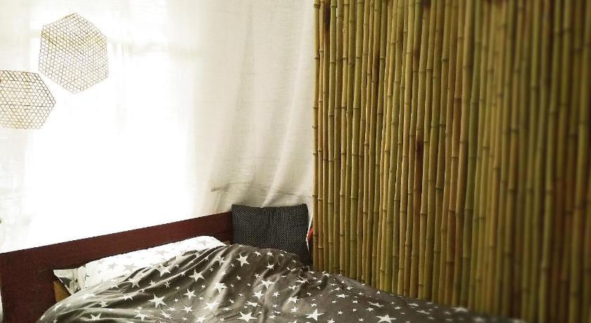 Single Room with Shared Bathroom - Guestroom Qing Shui Guest