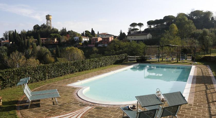 Swimming pool Fattoria Landi Nespola