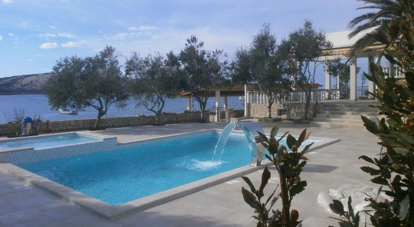 Swimming pool Holiday home Sv Marija1 - App 4