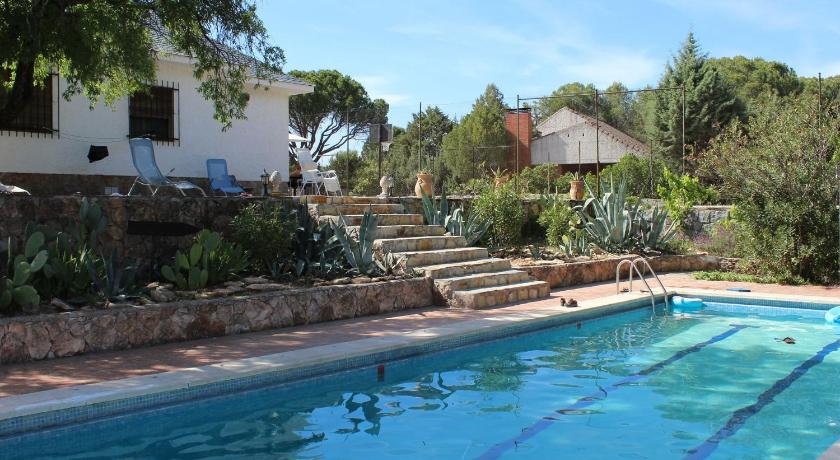 Four-Bedroom Holiday Home (8 Adults) - Piscina Casa Lavanda