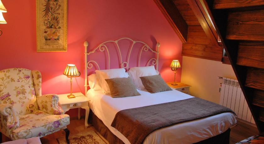 habitaciones con cama dosel en Huesca  Imagen 36