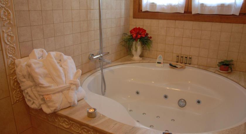 habitaciones con cama dosel en Huesca  Imagen 31