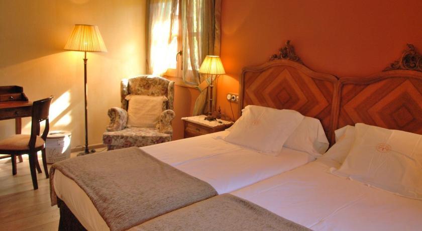 habitaciones con cama dosel en Huesca  Imagen 35