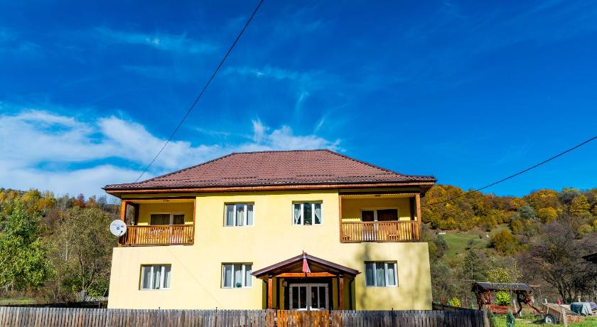 Вход Noring Guest House