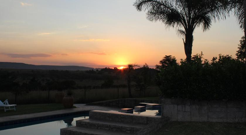 Piscina Country Park Guest House - Muldersdrift