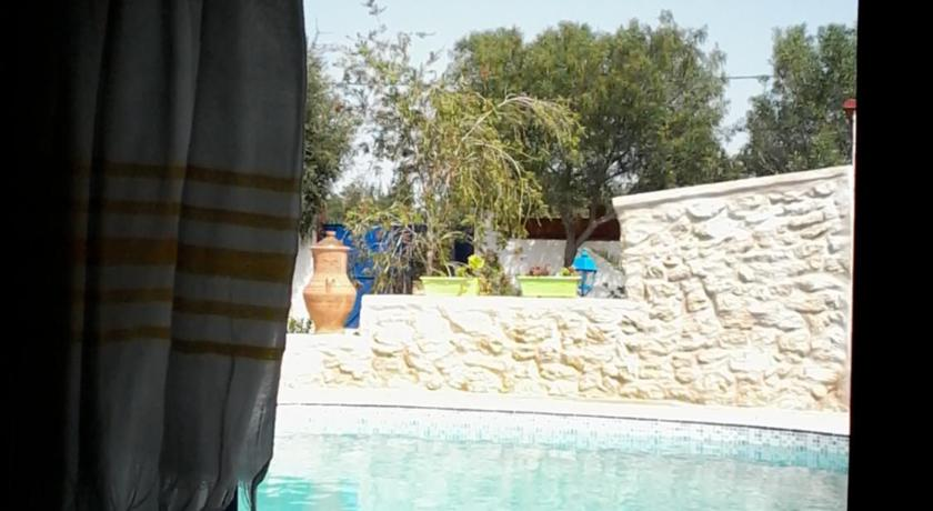 Piscina Le Studio aux Tortues