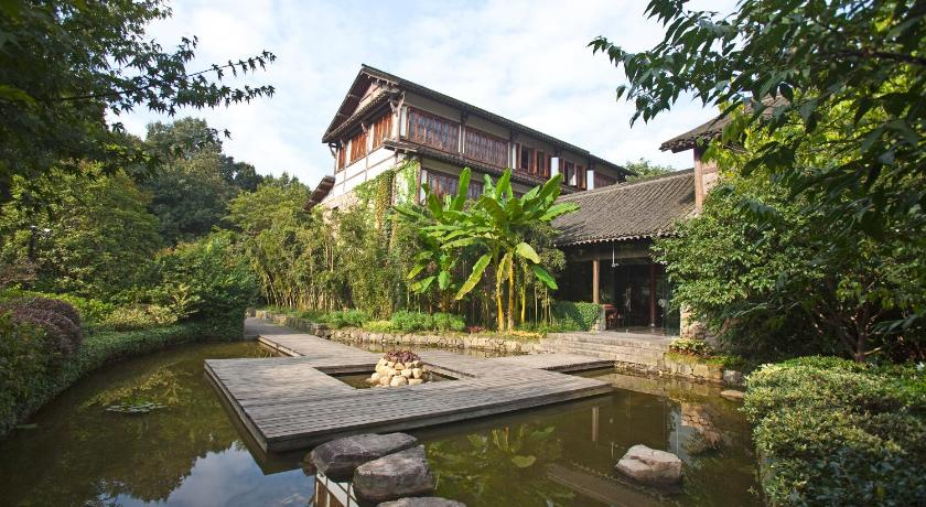 More about Relais & Chateaux Seven Villas Hangzhou Resort