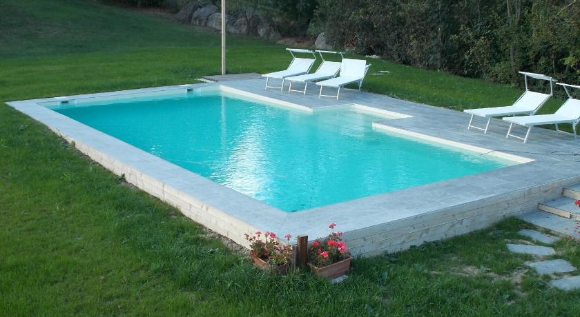 "Swimming pool Country House ""Locanda Le Querce"""