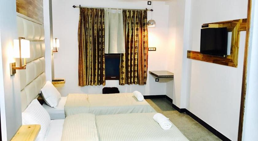 Budget Double Room - Facilities Lhasa House