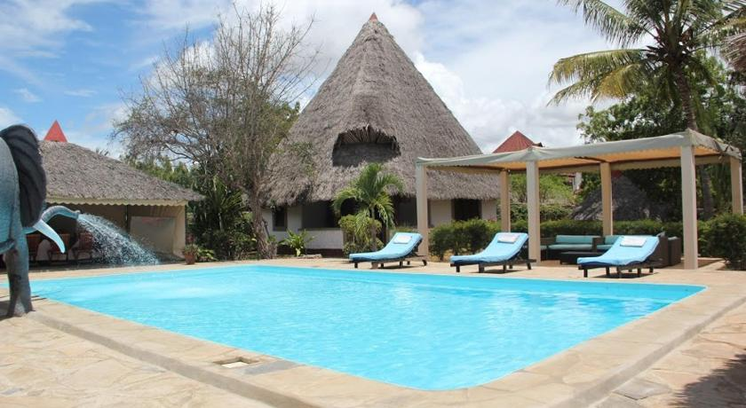 Piscina Luxury cottages at Diani Greenland
