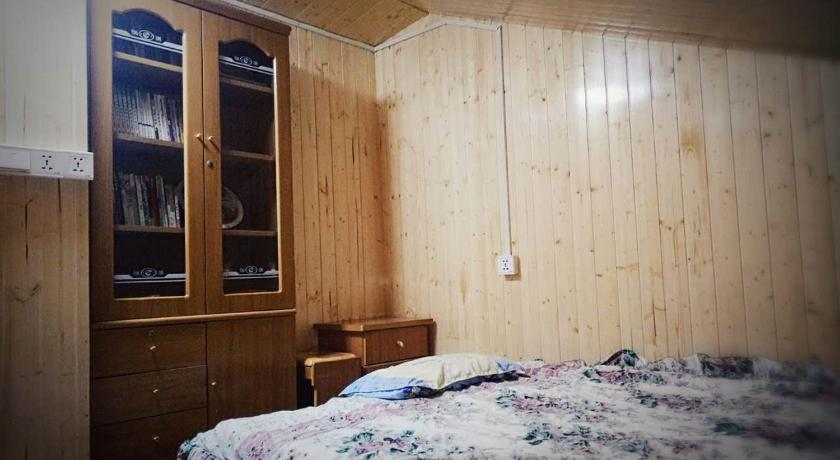 Small Double Room Yunshuiyao Yuntian Guest House