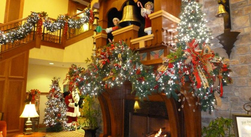 Lobby The Inn at Christmas Place