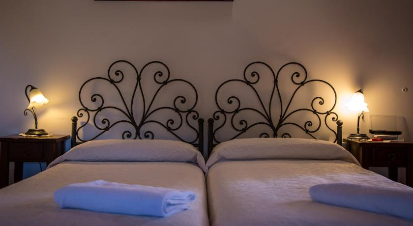 Double or Twin Room - Guestroom Agriturismo Sant'Alfonso