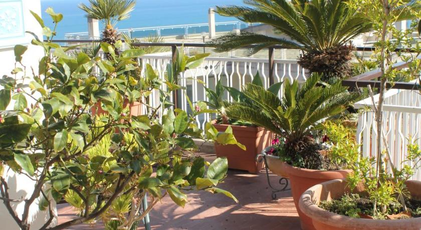 Best Price on A Casa di Gio Terrazza sul Golfo in Formia + Reviews