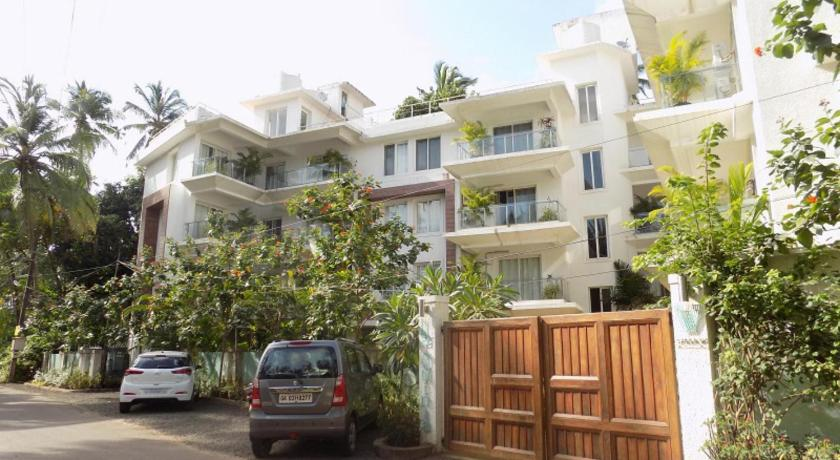 1BHK Apartment With Balcony La Quinta: CM065