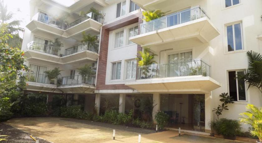 See all 29 photos 1BHK Apartment With Balcony La Quinta: CM065