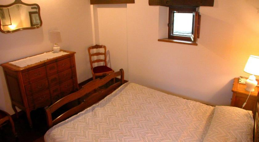 Two-Bedroom House - Guestroom Lauro