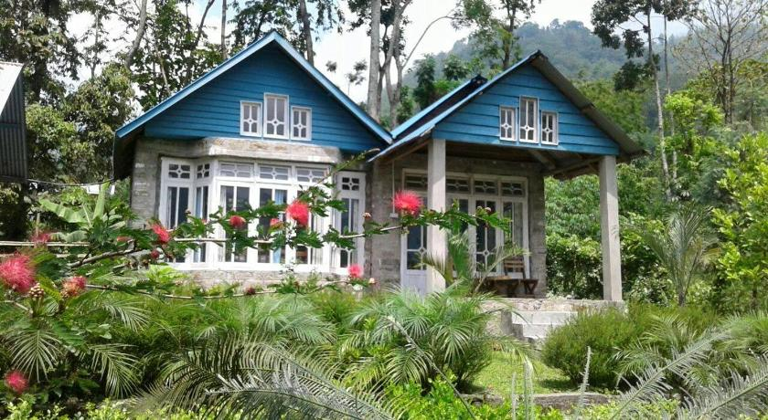 More about Mirik Eco Huts