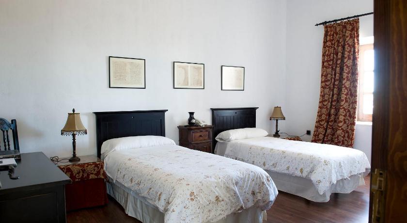 hoteles con jacuzzi en la habitaciÓn en Jaén  Imagen 2