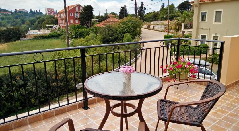 Balcony/terrace Maniata Holiday Apartments