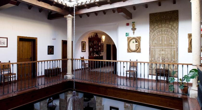 hoteles con jacuzzi en la habitaciÓn en Jaén  Imagen 23